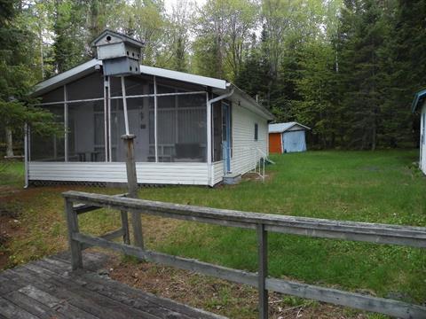 Cottage for sale in L'Île-du-Grand-Calumet, Outaouais, 78, Chemin  Joseph-Lemaire, 12544258 - Centris.ca