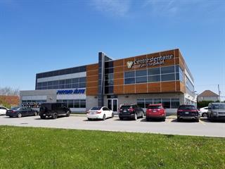 Commercial unit for rent in Laval (Chomedey), Laval, 3625, boulevard  Curé-Labelle, suite 103, 16400317 - Centris.ca