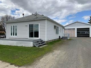 Maison à vendre à Saint-Eugène-de-Guigues, Abitibi-Témiscamingue, 13, Rue  Notre-Dame Ouest, 19596045 - Centris.ca