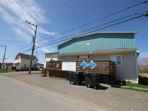 Immeuble à revenus à vendre à Chandler, Gaspésie/Îles-de-la-Madeleine, 249, Rue  Monseigneur-Ross Ouest, 10746429 - Centris.ca