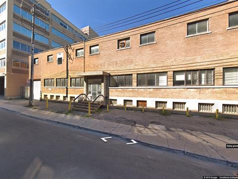 Bâtisse industrielle à vendre à Ahuntsic-Cartierville (Montréal), Montréal (Île), 9797, Rue  Tolhurst, 26462145 - Centris.ca