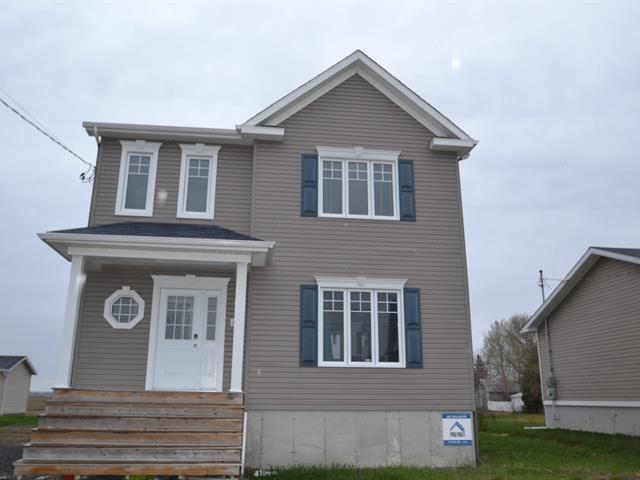 Maison à vendre à Saint-Bruno, Saguenay/Lac-Saint-Jean, 111, Rue de l'Église, 20512255 - Centris.ca