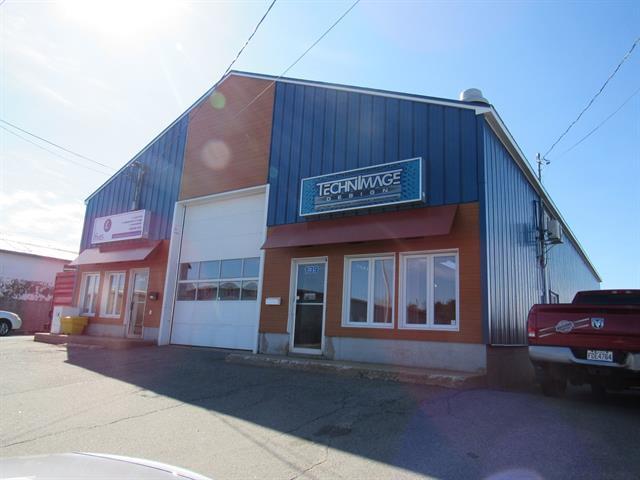 Commercial building for sale in Sept-Îles, Côte-Nord, 139, Rue  Maltais, 23875150 - Centris.ca