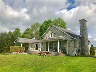House for sale in Sutton, Montérégie, 206, Chemin  Dyer, 19407944 - Centris.ca