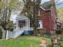 Triplex à vendre à Lac-Mégantic, Estrie, 3544Z, Rue  Milette, 16420460 - Centris.ca