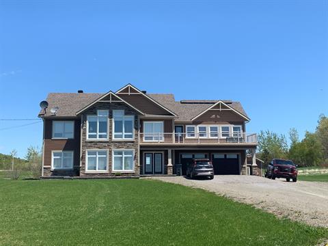 Maison à vendre à Pointe-à-la-Croix, Gaspésie/Îles-de-la-Madeleine, 113, Chemin de la Baie-au-Chêne, 10904451 - Centris
