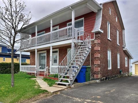 Triplex à vendre à Deschaillons-sur-Saint-Laurent, Centre-du-Québec, 840 - 844, Route  Marie-Victorin, 18534623 - Centris.ca