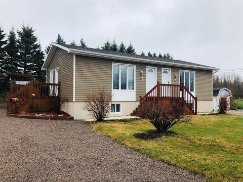 House for sale in Pointe-aux-Outardes, Côte-Nord, 148A - 148B, Chemin  Principal, 11059306 - Centris.ca