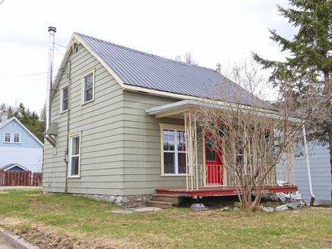 Maison à vendre à Saint-Damien-de-Buckland, Chaudière-Appalaches, 66, Rue  Commerciale, 23179727 - Centris