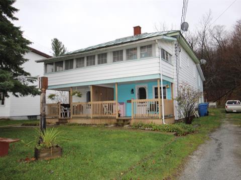 Duplex for sale in Bury, Estrie, 541 - 545, Rue  Main, 22266530 - Centris.ca