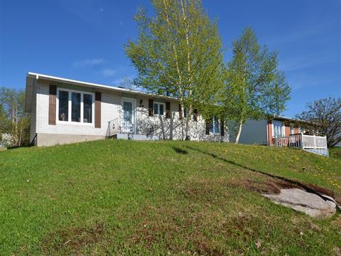 House for sale in Port-Cartier, Côte-Nord, 33, Rue des Rochelois, 15244234 - Centris.ca