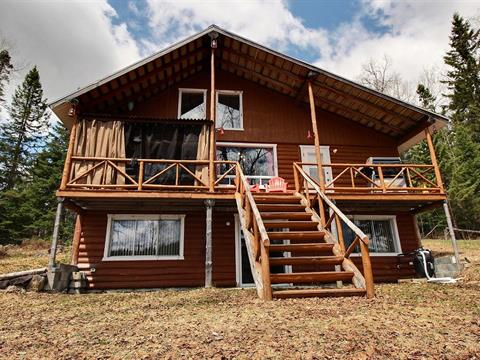 Cottage for sale in La Tuque, Mauricie, 4, Rue  Lac-Kennedy, 15291375 - Centris.ca