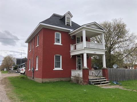 Maison à vendre à Shawville, Outaouais, 173, Chemin  Calumet Est, 11760236 - Centris.ca