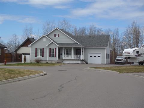 House for sale in Saint-Honoré, Saguenay/Lac-Saint-Jean, 481, Rue  Duperré, 13823314 - Centris.ca