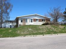 Maison à vendre à Baie-Comeau, Côte-Nord, 1450, Rue  Divet, 24513277 - Centris.ca