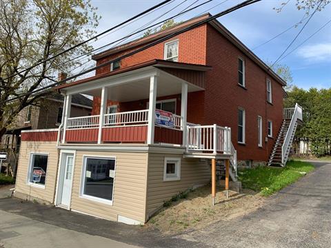Maison à vendre à Fleurimont (Sherbrooke), Estrie, 206 - 208, Rue  Saint-Michel, 26160294 - Centris.ca