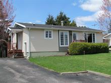 Maison à vendre à Chicoutimi (Saguenay), Saguenay/Lac-Saint-Jean, 1452, Rue  Voltaire, 14317754 - Centris.ca