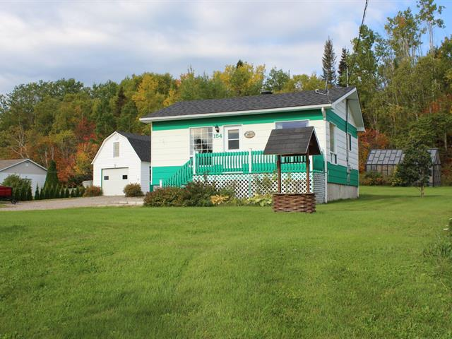 House for sale in Ragueneau, Côte-Nord, 154, Route  138, 11935386 - Centris.ca