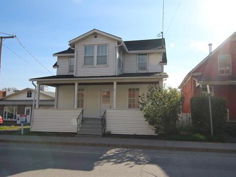 Maison à vendre à Richmond, Estrie, 87, Rue du Collège Nord, 25349274 - Centris.ca
