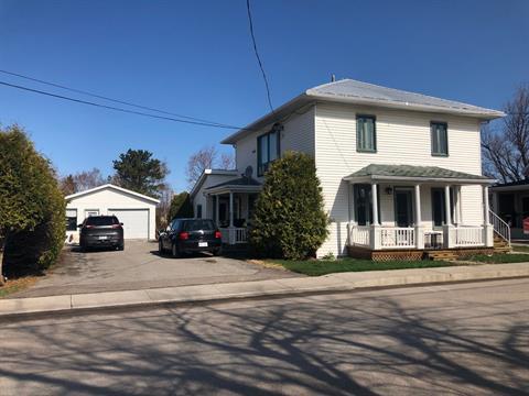 Duplex à vendre à Métabetchouan/Lac-à-la-Croix, Saguenay/Lac-Saint-Jean, 40 - 42, Rue  Saint-Jean-Baptiste, 26555049 - Centris.ca