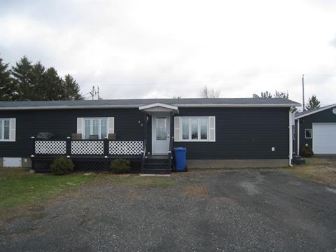 Mobile home for sale in Matane, Bas-Saint-Laurent, 46, Chemin des Sous-Bois, 16850489 - Centris