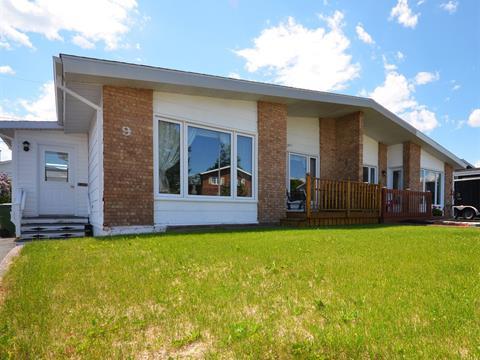 Maison à vendre à Port-Cartier, Côte-Nord, 9, Rue  Doyle, 16404205 - Centris