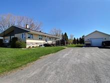 Immeuble à revenus à vendre à Trois-Pistoles, Bas-Saint-Laurent, 363, Rue  Jenkin, 27417464 - Centris.ca