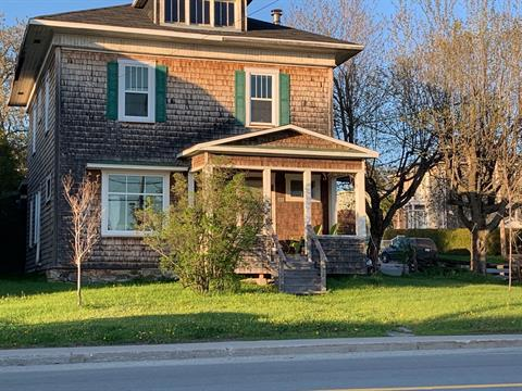 House for sale in Thetford Mines, Chaudière-Appalaches, 235, Rue  Saint-Alphonse Sud, 13144582 - Centris.ca