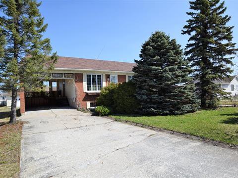 House for sale in Macamic, Abitibi-Témiscamingue, 32, 4e Avenue Ouest, 21673835 - Centris.ca