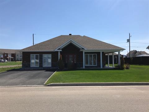 Maison à vendre à Hébertville, Saguenay/Lac-Saint-Jean, 212, Rue  Labonté, 27288218 - Centris