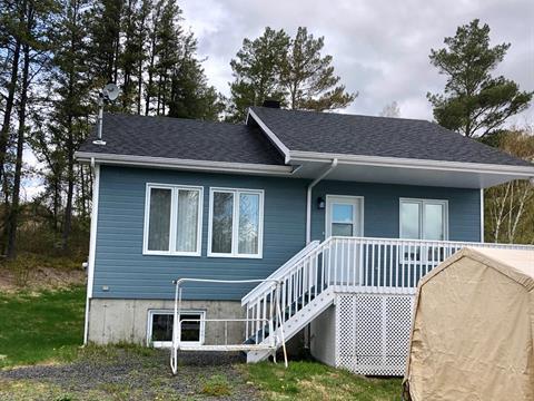 Maison à vendre à Labrecque, Saguenay/Lac-Saint-Jean, 3120, Rue  Principale, 22353168 - Centris