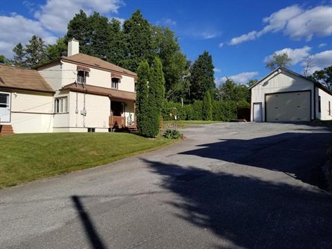 House for sale in Cookshire-Eaton, Estrie, 100, Rue  Plaisance, 23101773 - Centris.ca