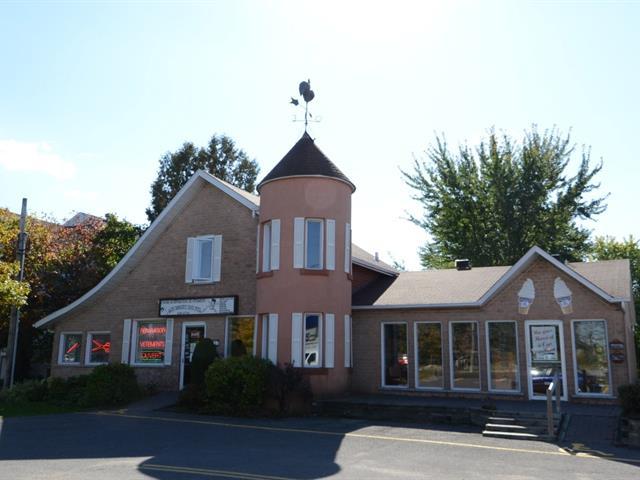 Bâtisse commerciale à vendre à Blainville, Laurentides, 911 - 915, boulevard du Curé-Labelle, 24083710 - Centris.ca