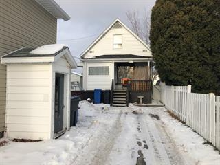 Maison à vendre à Alma, Saguenay/Lac-Saint-Jean, 815, Rue  Saint-Bernard, 19555579 - Centris.ca