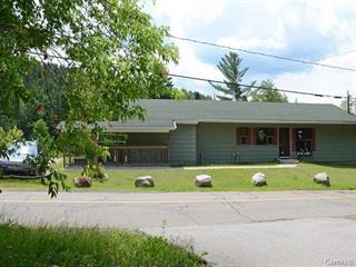 Quintuplex à vendre à Mont-Tremblant, Laurentides, 641, Rue du Moulin, 26219365 - Centris.ca