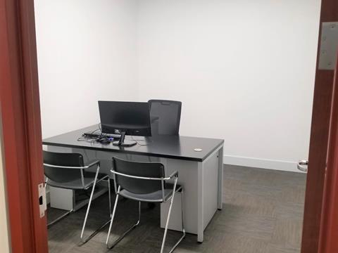 Commercial unit for rent in Mirabel, Laurentides, 17775, Rue des Gouverneurs, suite 209, 26154341 - Centris.ca