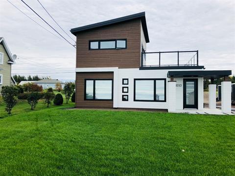 House for sale in Rimouski, Bas-Saint-Laurent, 1213, Rue du Phare, 21168273 - Centris.ca