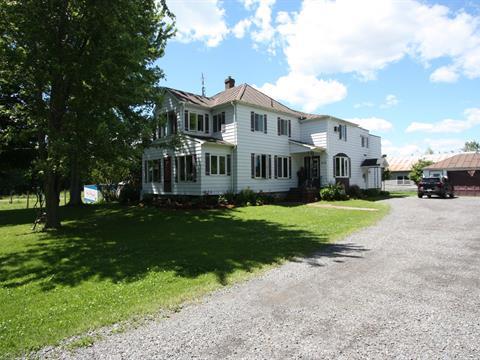 House for sale in Saint-Bernard-de-Lacolle, Montérégie, 210, Rang  Saint-André, 16939992 - Centris.ca