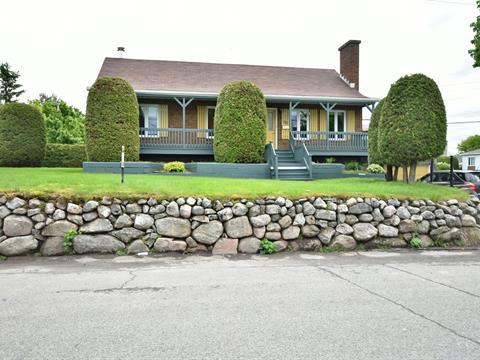 Maison à vendre à Rivière-du-Loup, Bas-Saint-Laurent, 53, Rue  Saint-Paul, 27782811 - Centris