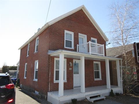 Maison à vendre à Saint-Paul-d'Abbotsford, Montérégie, 1006, Rue  Principale Est, 26120374 - Centris