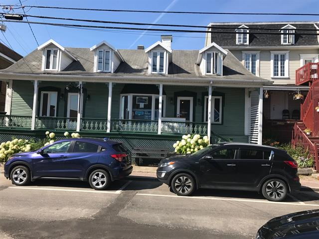 Triplex for sale in La Malbaie, Capitale-Nationale, 208 - 212, Rue  Saint-Étienne, 15643685 - Centris.ca