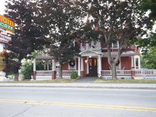 Bâtisse commerciale à vendre à Rivière-du-Loup, Bas-Saint-Laurent, 80, Rue  Fraser, 25278752 - Centris.ca