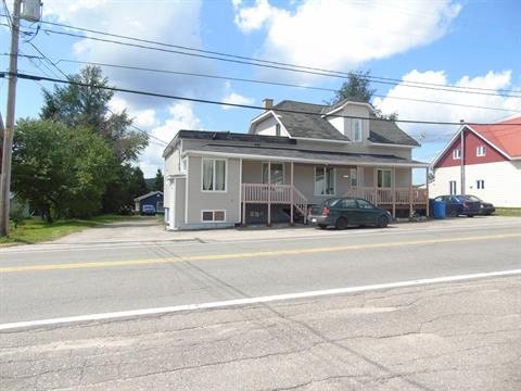 Triplex for sale in Lamarche, Saguenay/Lac-Saint-Jean, 123A - 123C, Rue  Principale, 22721072 - Centris