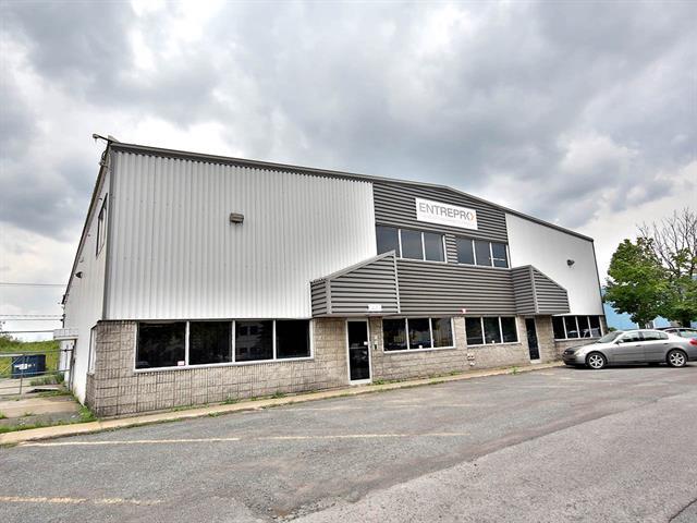 Industrial unit for rent in Boucherville, Montérégie, 1440, Rue  Joliot-Curie, suite 200, 13334212 - Centris.ca