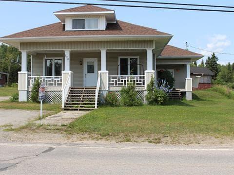 Maison à vendre à Longue-Rive, Côte-Nord, 320, Route  138, 19730167 - Centris.ca
