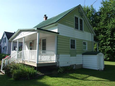 Maison à vendre à Manseau, Centre-du-Québec, 630, Rue  Sainte-Marie, 9470067 - Centris