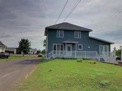 House for sale in Paspébiac, Gaspésie/Îles-de-la-Madeleine, 167, Rue  Saint-Pie-X, 24869780 - Centris