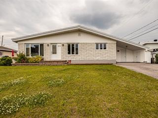 Maison à vendre à Baie-Comeau, Côte-Nord, 855, Rue  Henri, 14253006 - Centris.ca