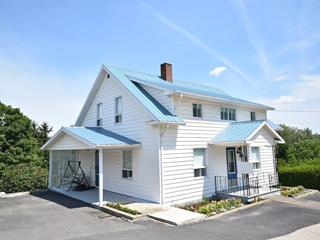 House for sale in Témiscouata-sur-le-Lac, Bas-Saint-Laurent, 2367, Rue  Commerciale Sud, 9128814 - Centris.ca