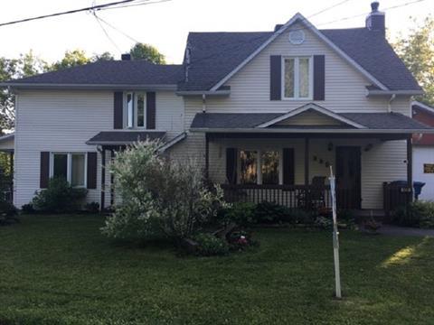 Duplex for sale in Richmond, Estrie, 648 - 650, Rue du Collège Sud, 12580703 - Centris.ca